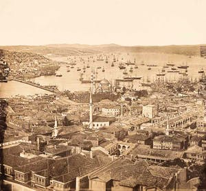 (1854), James Robertson. Robertson is the first Istanbul photographer known to have taken 360° panoramic photographs of the city. The first panorama, which was taken in May 1854 from the Tower of the War Ministry in Beyazit, consists of 12 separate photographs.