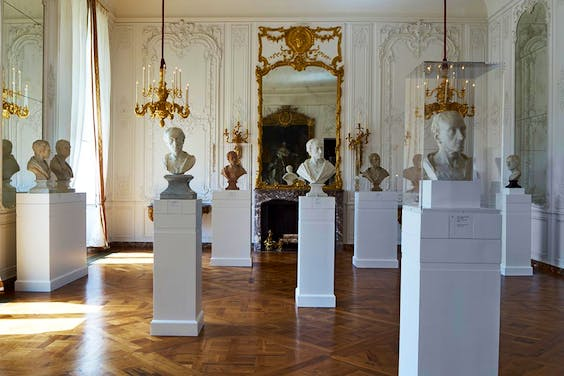 View of the exhibition 'Fame and Friendship: Pope, Roubiliac and the Portrait Bust in Eighteenth-Century Britain' at Waddesdon Manor, The Rothschild Collection (The National Trust).