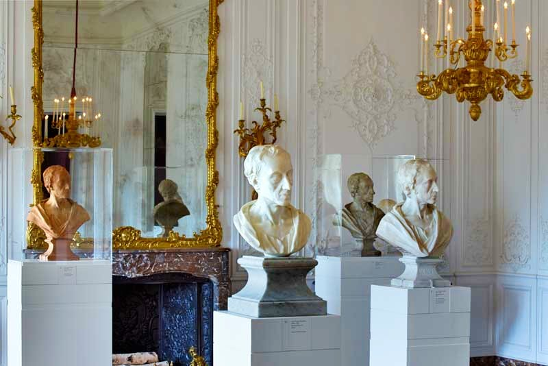 View of the exhibition 'Fame and Friendship: Pope, Roubiliac and the Portrait Bust in Eighteenth-Century Britain' at Waddesdon Manor, The Rothschild Collection (The National Trust)