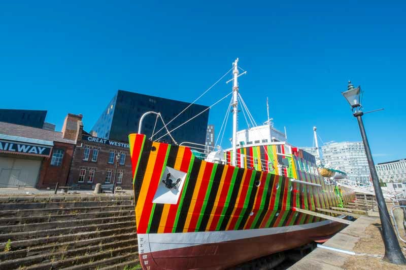 The Edmund Gardner in Liverpool has been decorated with 'dazzle' camouflage designed by Carlos Cruz-Diez.
