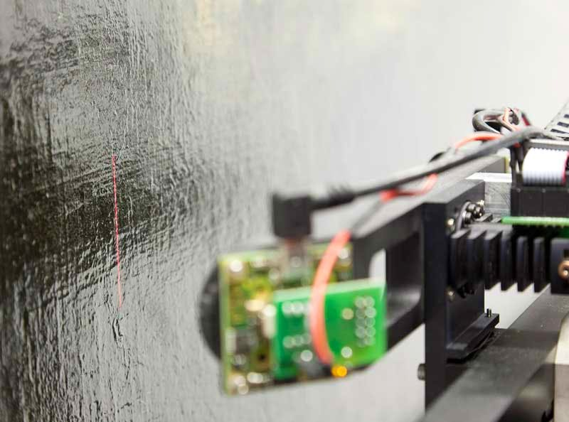 The Lucida 3D Scanner, developed by Manuel Franquelo, can capture dark, glossy surfaces such as varnished paintings.