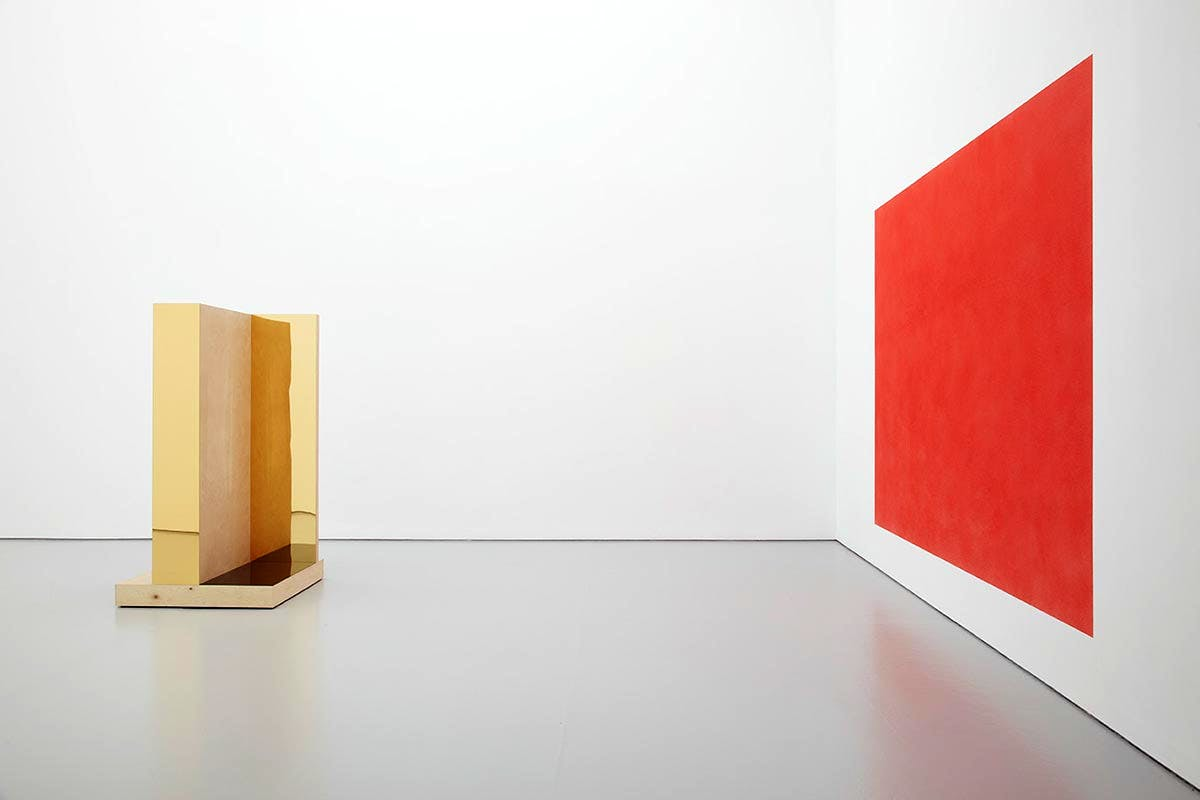 Installation view, including 'Scenes #2' (2015; left) and 'Reproductions (#3, red)' (2010/15; right)