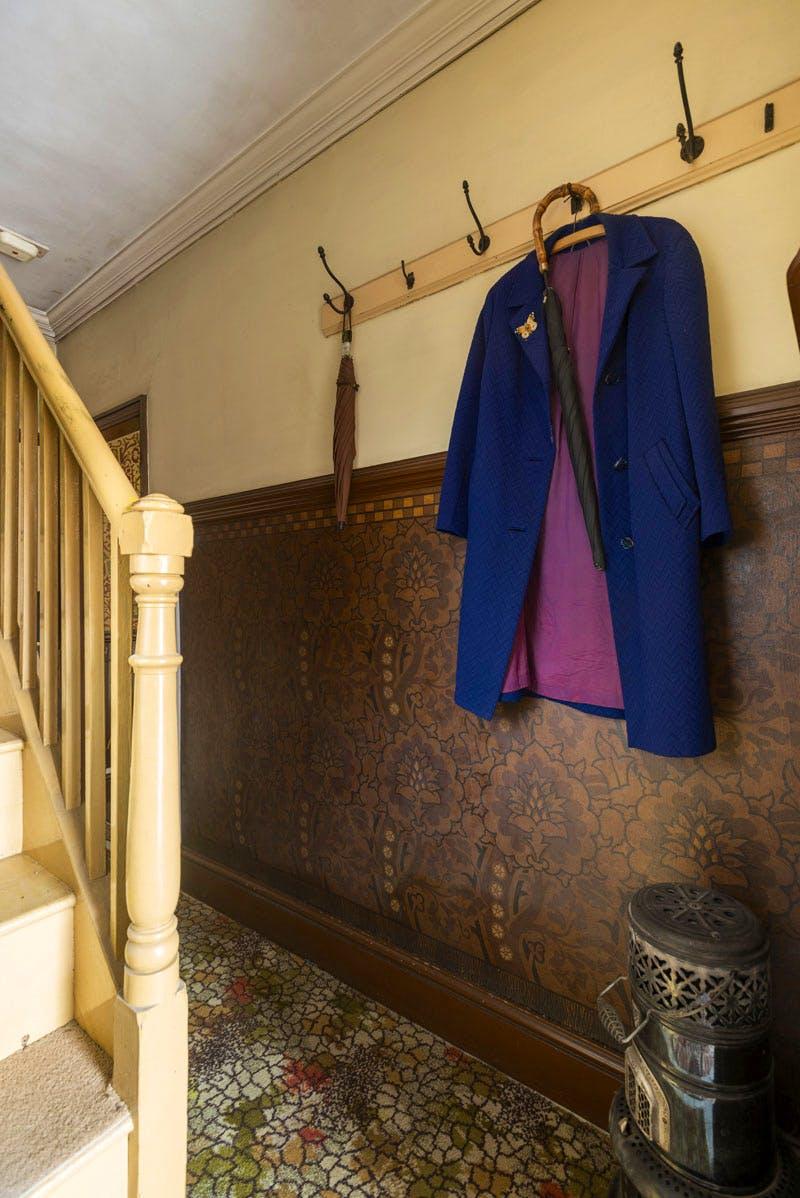 Hallway, David Parr House
