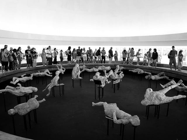 The new display dedicated to the victims of the eruption at Pompeii 'does nothing to bring out their humanity'.