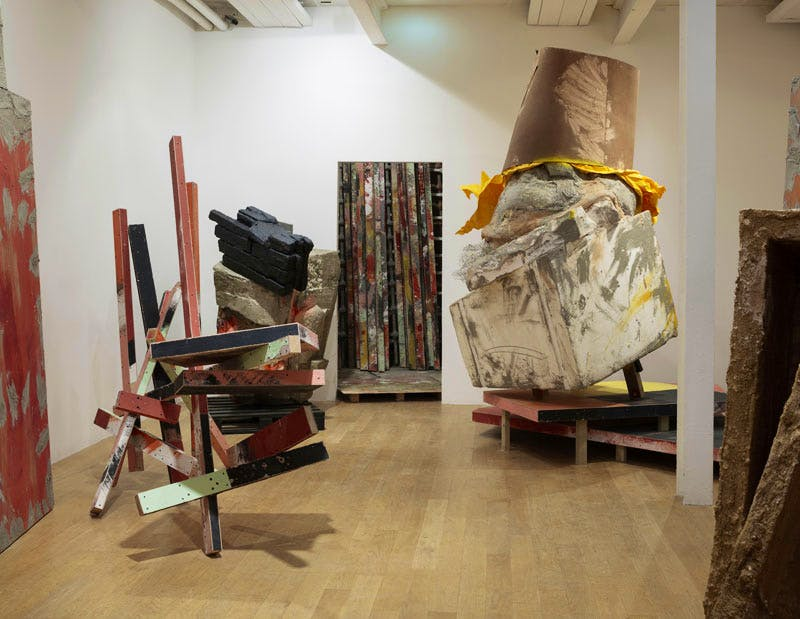 (2015), Phyllida Barlow. Installation view at The Fruitmarket Gallery, Edinburgh 2015.