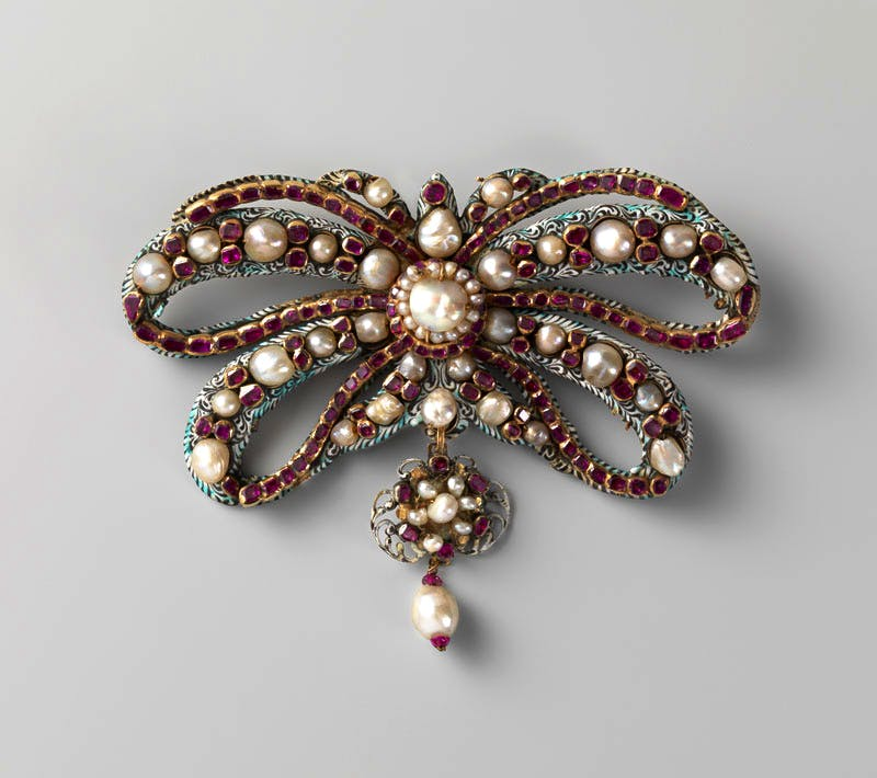 Bow Brooch (c. 1650–75), the Netherlands. Enamelled gold with pearls and rubies.