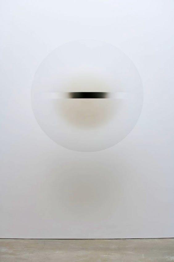 (1969), Robert Irwin, acrylic paint on cast acrylic, diam. 134.7cm.