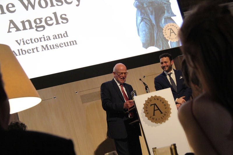 Paul Williamson, Keeper of Sculpture, Metalwork, Ceramics and Glass, collects the Apollo Award for Acquisition of the Year