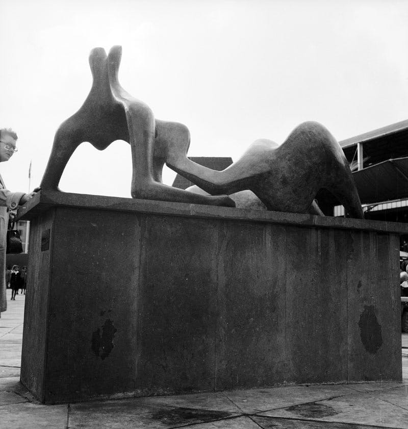 (1969), Henry Moore. The bronze sculpture, measuring three metres long and two metres high, was stolen from the Henry Moore Foundation's 72-acre estate in Hertfordshire, in December 2005