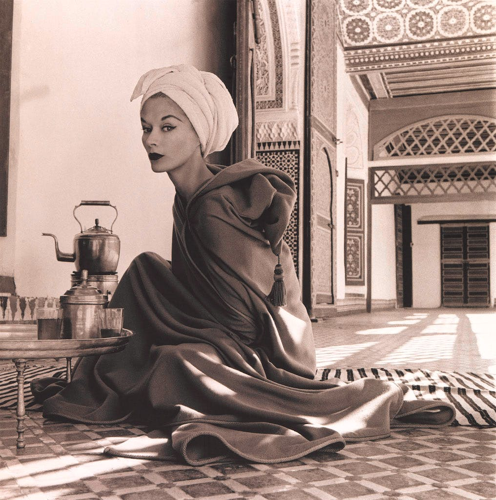 Woman in Moroccan Palace (Lisa Fonssagrives-Penn) (1951), Irving Penn.