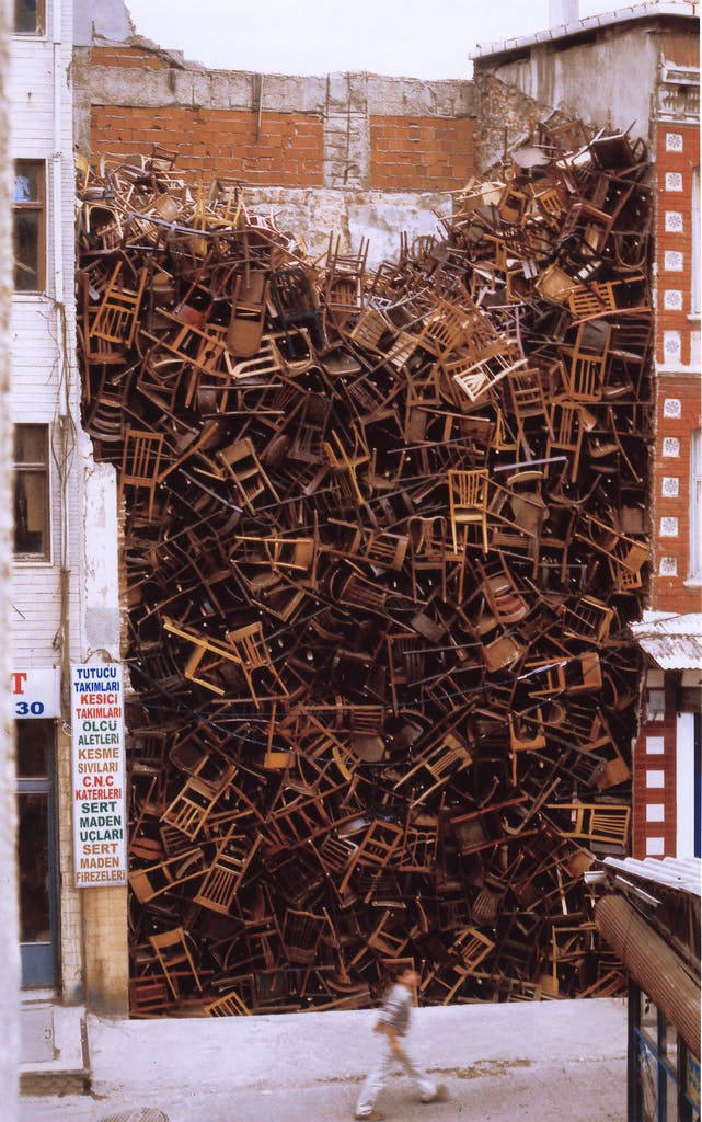 New Wave Auto >> Committed to memory: the art of Doris Salcedo | Apollo Magazine