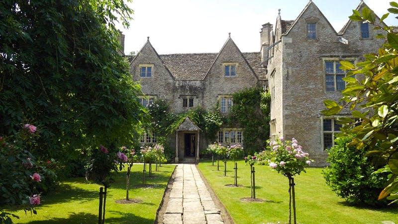 Kelmscott Manor, the summer home of Victorian designer and poet William Morris, is to undergo renovation work