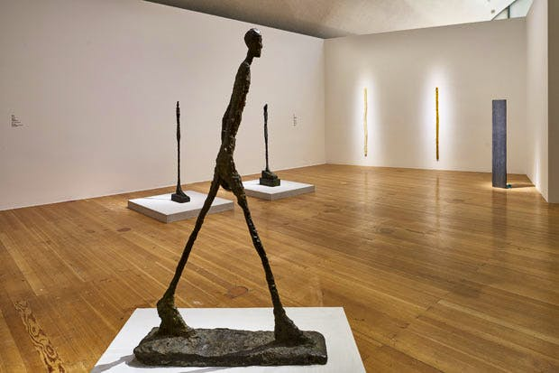 Exhibition view of 'Giacometti-Nauman' at the Schirn Kunsthalle, Frankfurt, 2016. Photo: Norbert Miguletz