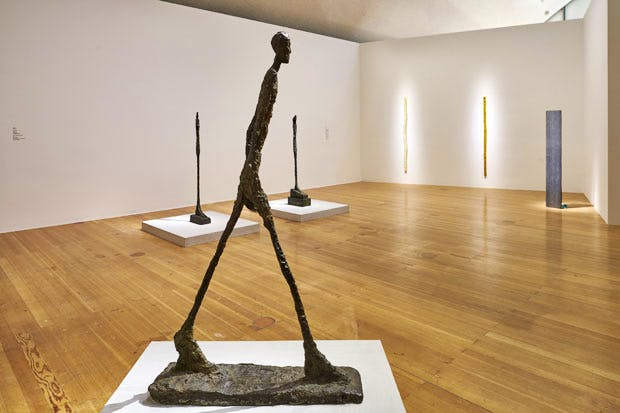 Exhibition view of 'Giacometti-Nauman' at the Schirn Kunsthalle, Frankfurt, 2016. Photo: Norbert Miguletz