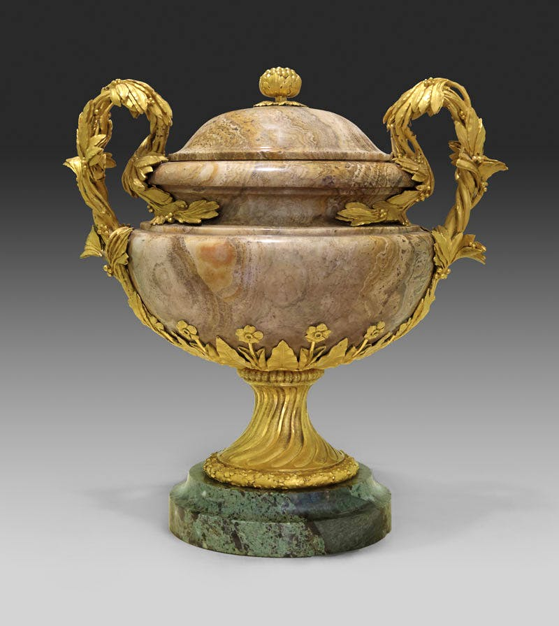 One of a pair of vases (c. 1770−75), gilt bronze by Pierre Gouthière, alabaster (probably 18th century) probably carved by Augustin Bocciardi or Pierre-Jean-Baptiste Delaplanche, green marble. After a design by François-Joseph Bélanger. Private collection. Photo: Joseph Godla