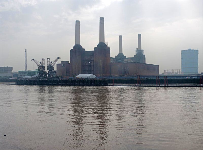 Battersea Power Station © Miguel Santa Clara
