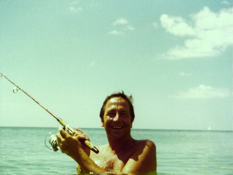 Rauschenberg photographed in Captiva, Florida, 1978. Photo: Attributed to Billy Klüver; courtesy Robert Rauschenberg Foundation