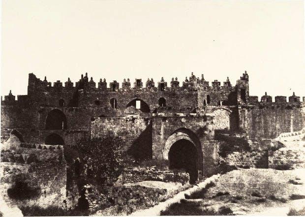 Jerusalem, Damascus Gate, Interior (1854), Auguste Salzmann