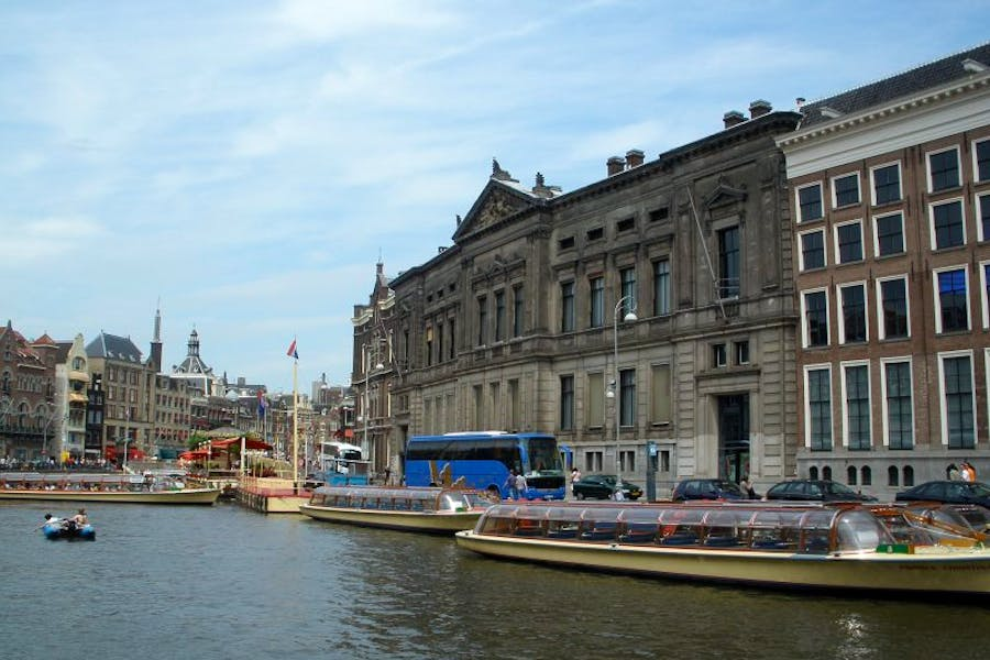 A court has ruled that objects loaned to Amsterdam's Allard Pierson Museum from Crimean institutions before Russia's annexation of the peninsula should be returned to Ukraine.