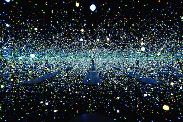 Infinity Mirrored Room - Gleaming Lights of the Souls, (2008), Yayoi Kusama.