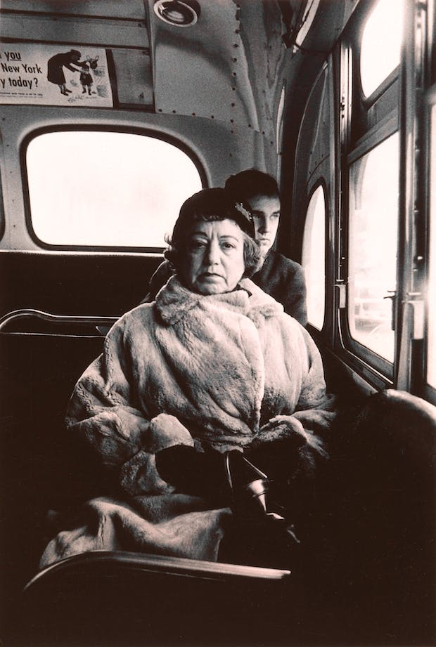Lady on a bus, N.Y.C. 1957, Diane Arbus. Courtesy The Metropolitan Museum of Art, New York / copyright © The Estate of Diane Arbus, LLC