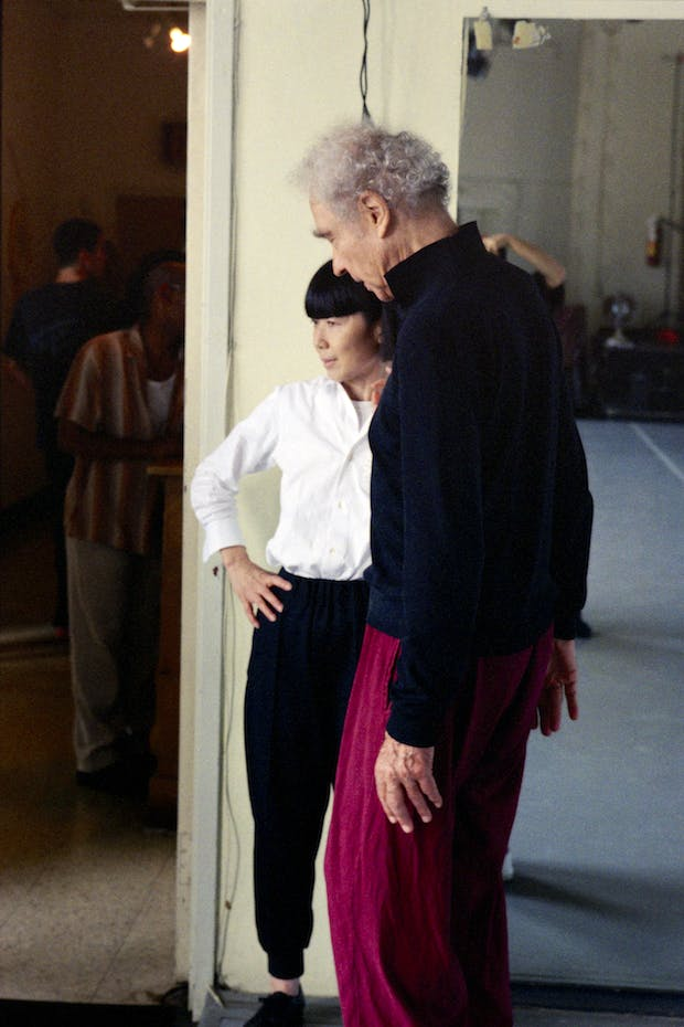 Merce Cunningham and Rei Kawakubo during a costume fitting at Westbeth, New York in 2000. Photo: Timothy Greenfield-Sanders