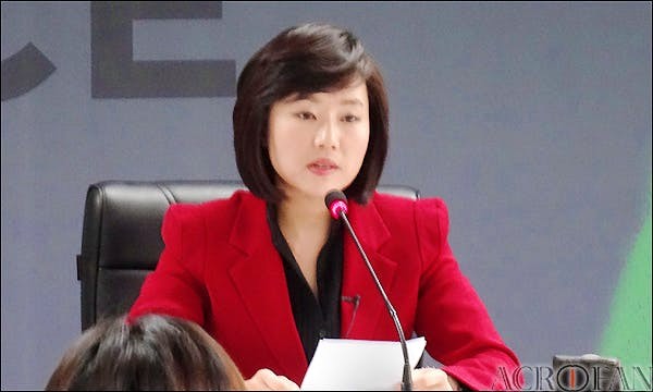 Former South Korean culture minister Cho Yoon-sun, who was arrested this weekend.