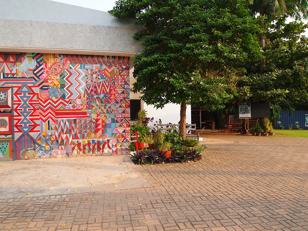 Nubuke Foundation with mural by Bernard Akoi-Jackson. Photo: Stephanie Dieckvoss