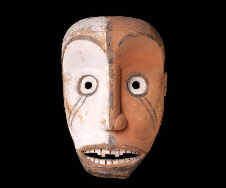 Anthropomorphic mask, Gabon, Africa. © Musée du quai Branly - Jacques Chirac, photo by Patrick Gries, Bruno Descoings