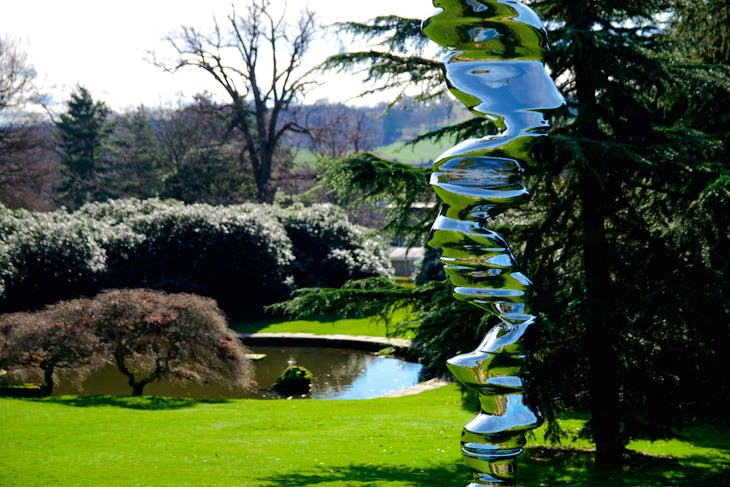 Elliptical Column (2016), Tony Cragg. Photo: Ned Carter Miles