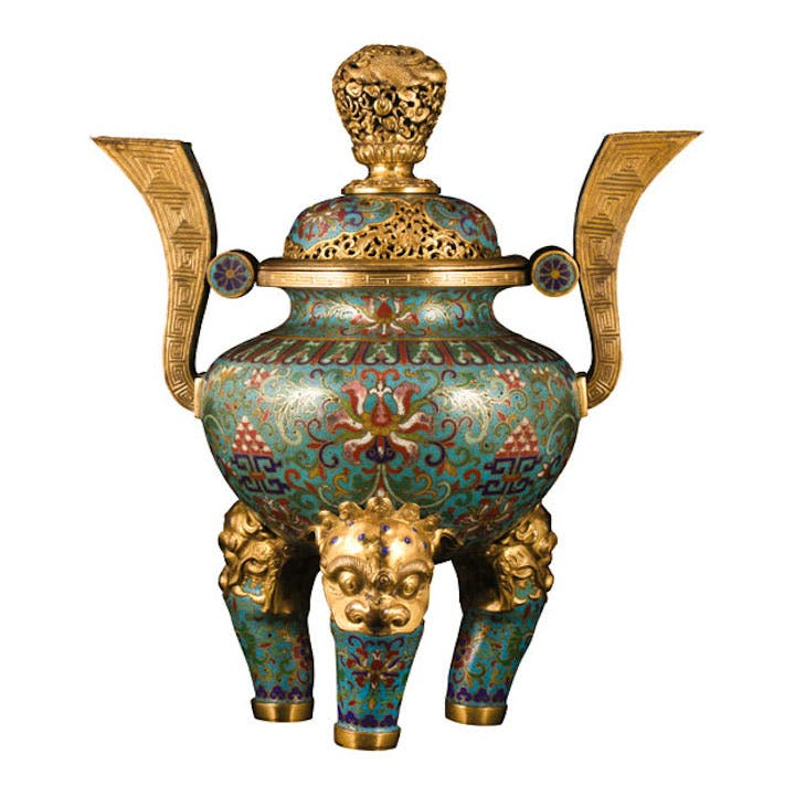 Tripod censer, Qing dynasty, Qianlong period (1736–95). Galerie Lamy at the International Antiques Fair