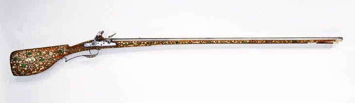 Flintlock sporting gun Flintlock sporting gun (dated 1646) with a stock decorated by Jean Conrad Tornier. From the W.R. Hearst collection. © Royal Armouries
