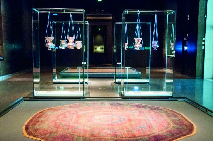 Vitrine containing 14th-century mosque lamps in the Museum of Islamic Art in Cairo, as they were displayed in 2014. Photo: Mark Andrews/Alamy Stock Photo