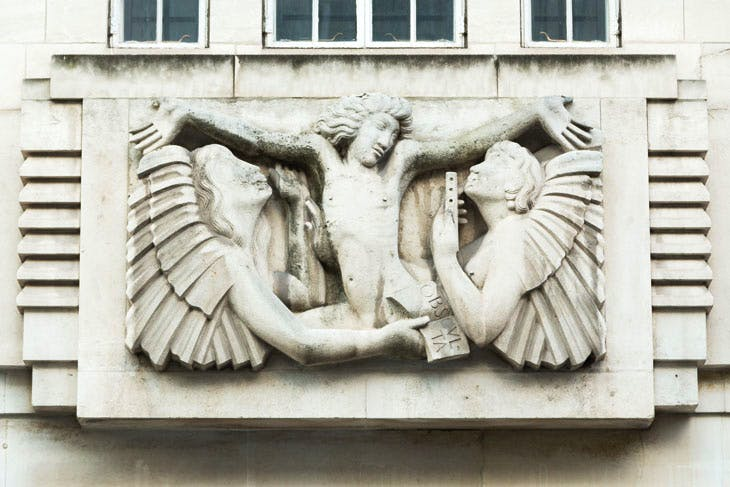 Ariel between Wisdom and Gaiety (1933), Eric Gill. Photo: Mark Blower, 2012