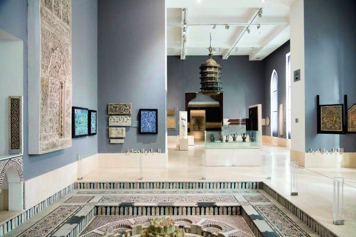 The displays in the Museum of Islamic Art were redesigned by Adrien Gardère in 2010, Photo: B.O'Kane/Alamy Stock Photo