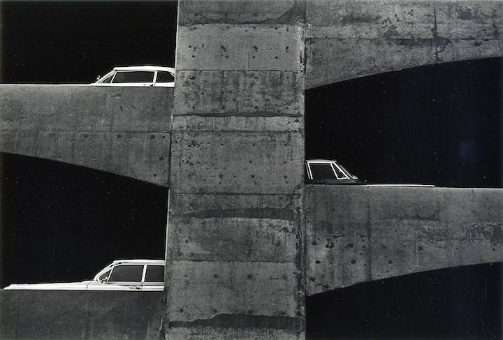(1964), Ray K. Metzker. © Estate Ray K. Metzker, courtesy Les Douches la Galerie, Paris / Laurence Miller Gallery, New York