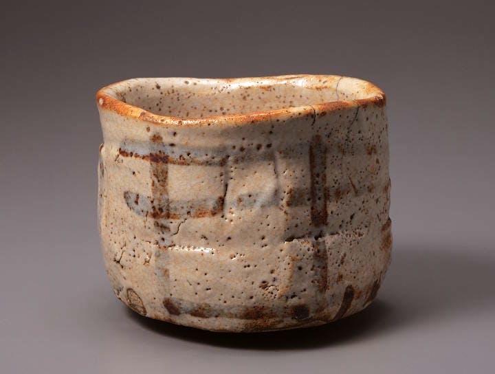 Tea bowl, Shino type, known as Unohanagaki, Mino ware, 16th–17th century. Mitsui Memorial Museum, Tokyo