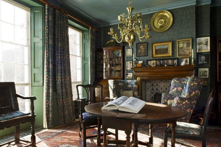 Dining room of Emery Walker's House in 2017. Courtesy The Emery Walker Trust
