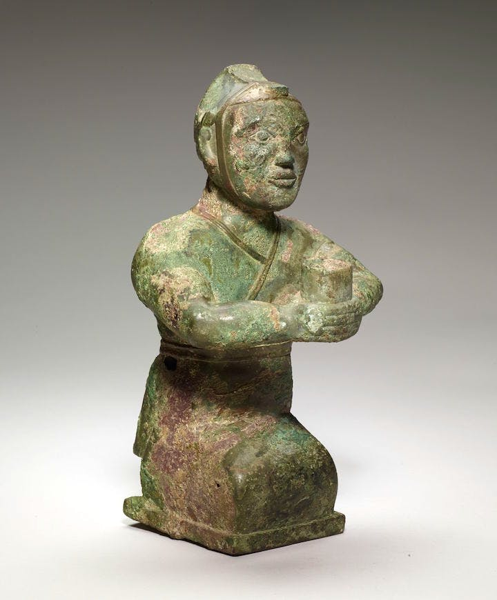 Kneeling figure, 4th century BCE, bronze. Photo: Minneapolis Institute of Art