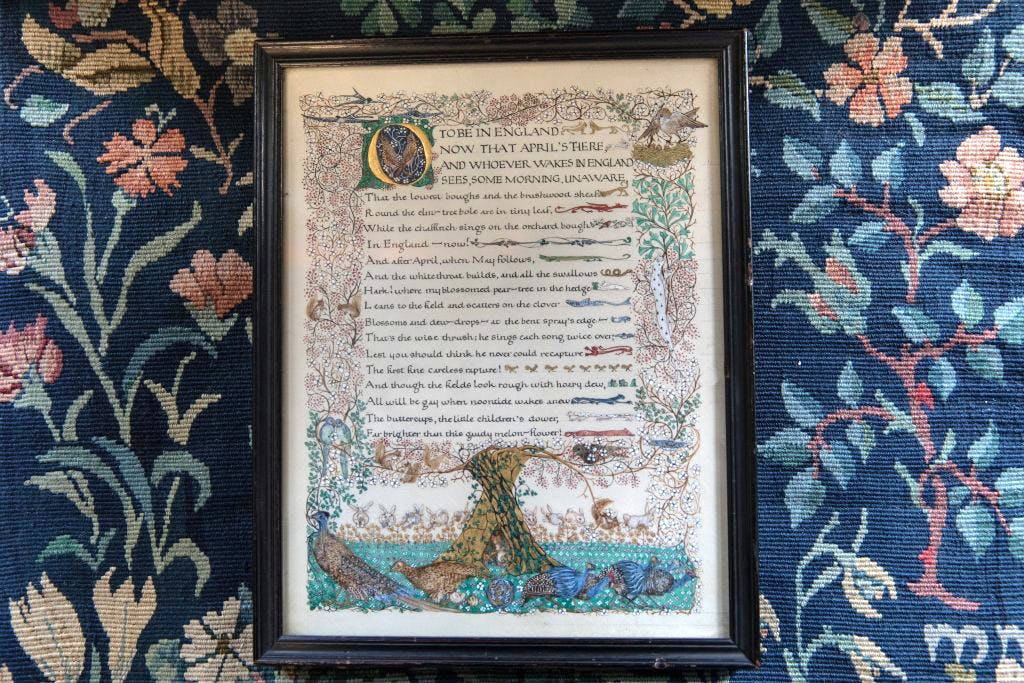 Illuminated manuscript of the first page of Robert Browning's 'Home Thoughts from Abroad'. Photo: Anna Kunst