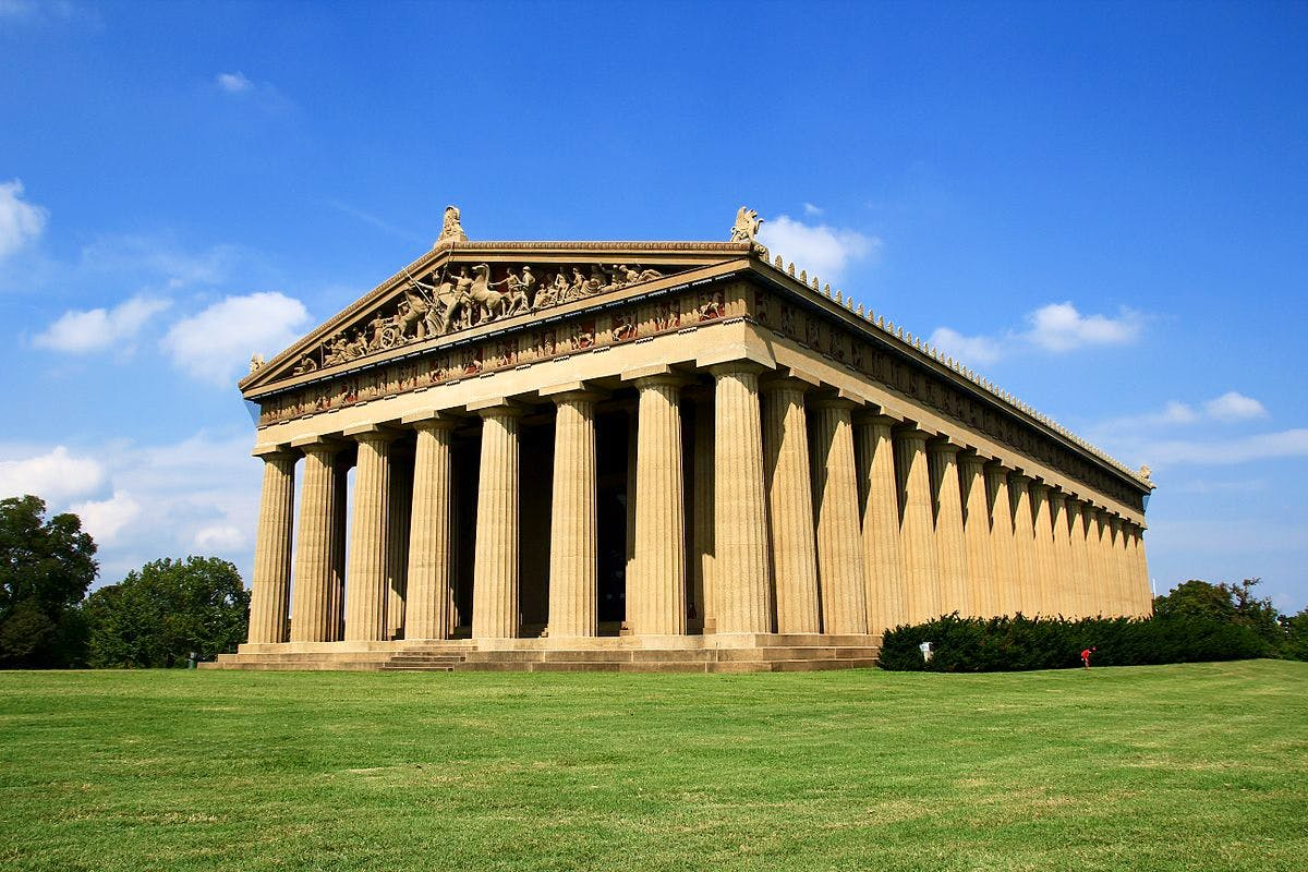 Nashville's Centennial Park is home to a full-scale replica of the Parthenon. Photo: Wikimedia Commons (Mayur Phadtare)