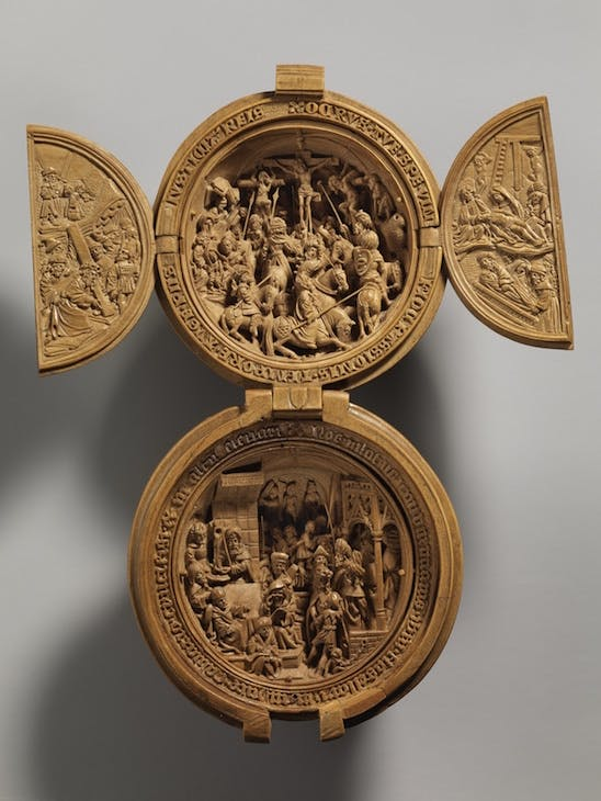 Prayer nut with Crucifixion and Christ before Pilate (c. 1500–30), Adam Dircksz. and workshop. Metropolitan Museum of Art, New York