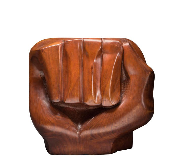 Black Unity (1968), Elizabeth Catlett. Crystal Bridges Museum of American Art, Bentonville, Arkansas; © Catlett Mora Family Trust/DACS, London/VAGA, NY 2017