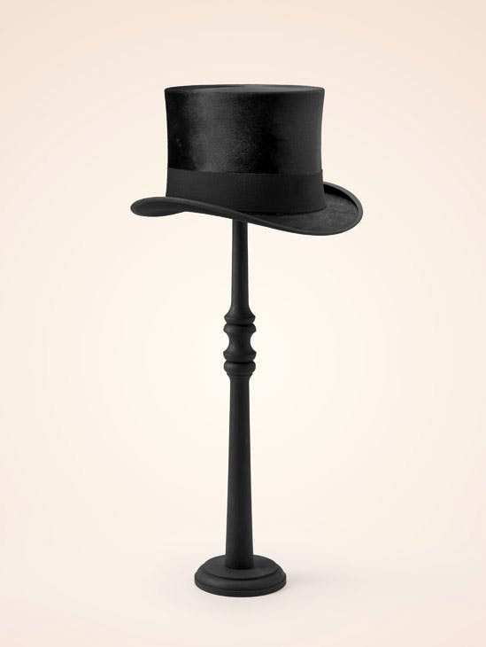 Man's top hat (1915–30), E. Motsch. Museum of Fine Arts, Boston. Image courtesy the Fine Arts Museums of San Francisco