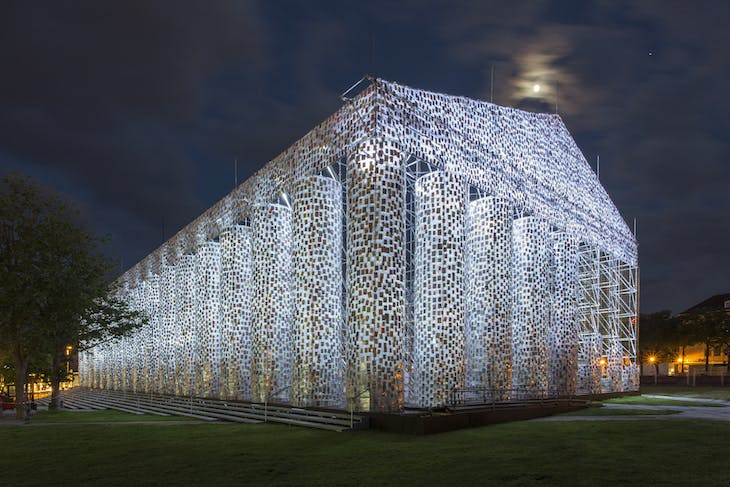 The Parthenon of Books (2017), Marta Minujín. Friedrichsplatz, Kassel, Documenta 14. Photo: Roman März