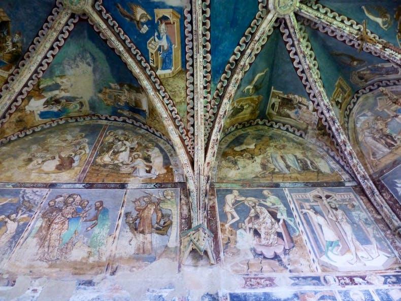 Frescoes in fortified church in Malancrav, Romania, Photo: © Nicholas Hodge