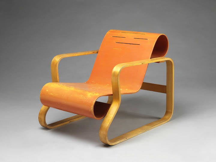 Armchair (1930), designed by Alvar Aalto. Photo: Victoria and Albert Museum, London