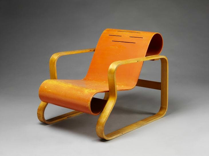 Paimio armchair (1930), Alvar Aalto. Alvar Aalton Museum; photo: © Victoria and Albert Museum