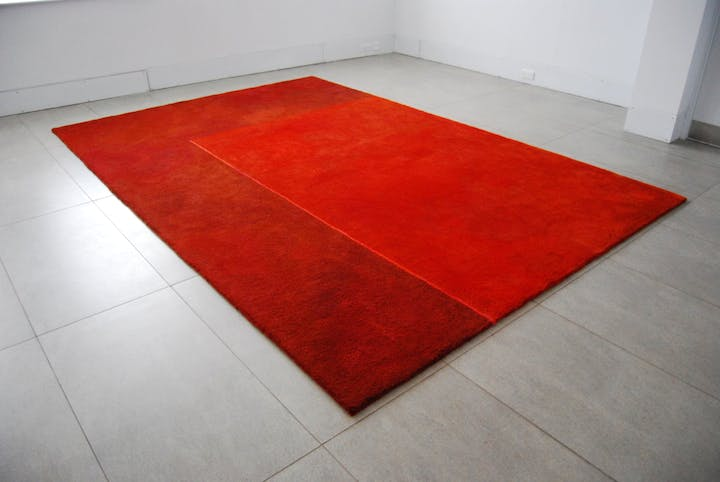 Suspended Rug (2013), Julie Brook. Image courtesy Dovecot