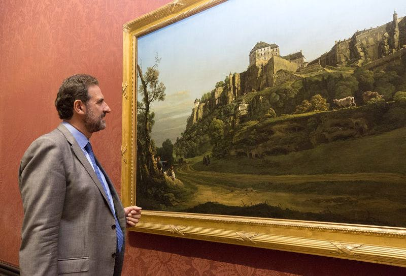 National Gallery Director, Dr Gabriele Finaldi looks at the Bellotto.